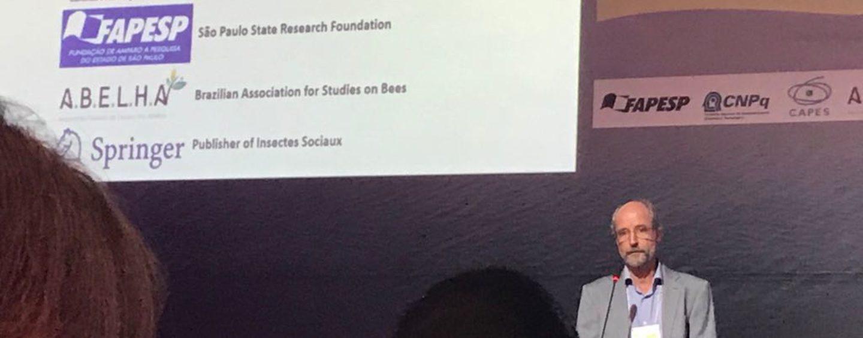 Abertura do IUSSI 2018 reconhece os pioneiros no estudo das abelhas no Brasil